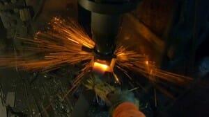 鋼を鍛接する